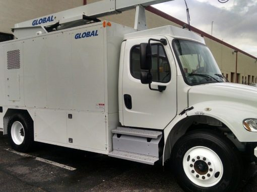 Global 2200 TE B Aircraft Deicer Truck